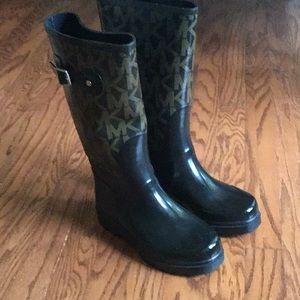 Michael Kors logo Rain boots size 7